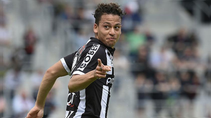 Cristian Benavente marcó doblete en triunfo del Royal Charleroi
