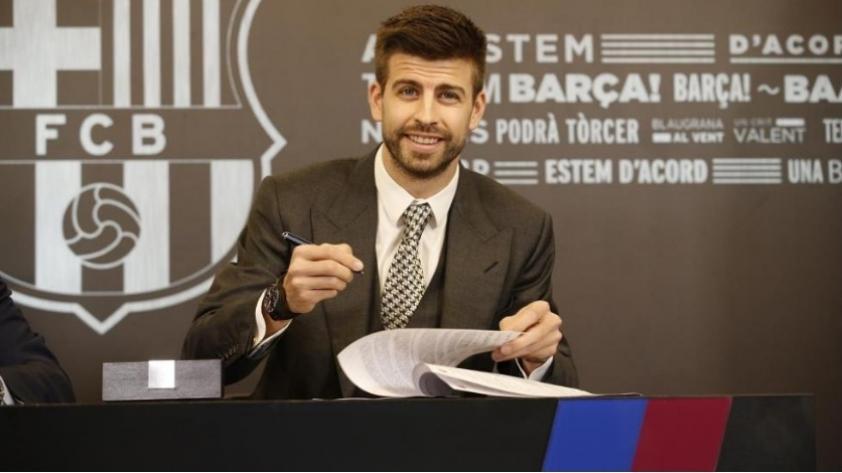 Barcelona: Piqué renueva hasta el 2022 y anuncia su retiro de la Selección de España post Rusia 2018