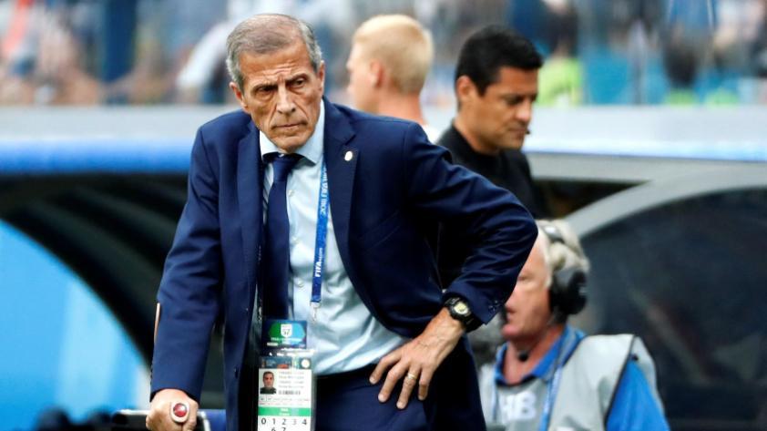 La Asociación Uruguaya de Fútbol suspendió el contrato de Óscar Tabárez ante la crisis económica por el coronavirus