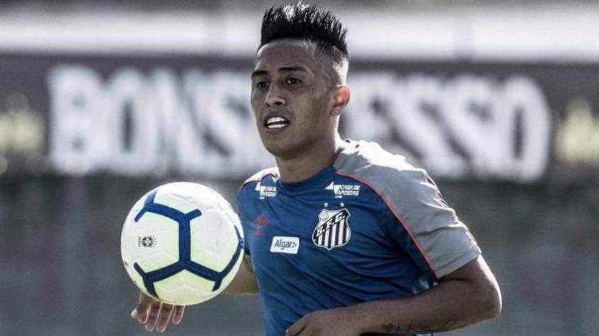 Christian Cueva fue convocado para el partido del Santos en la liga brasileña