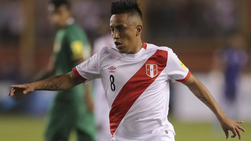 """Christian Cueva en su llegada a Lima: """"Solo pensamos en ir a Argentina y traer los 3 puntos"""""""