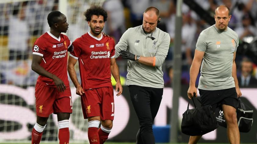 Real Madrid vs Liverpool: Salah sale lesionado del partido