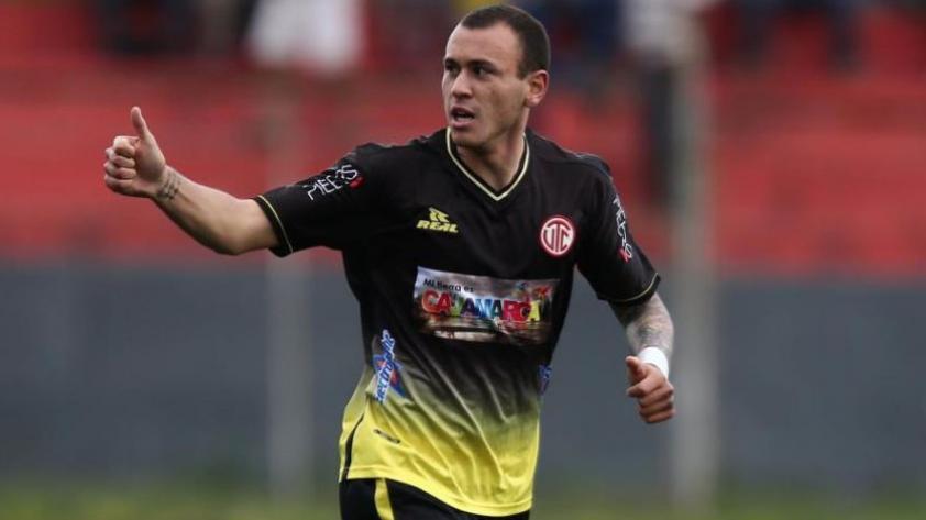 Gustavo Dulanto confirmó interés de Alianza Lima