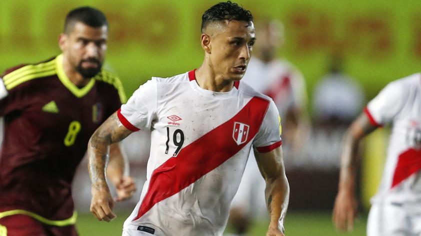 ¿Qué futbolistas de Nueva Zelanda ya se han enfrentado a seleccionados peruanos?