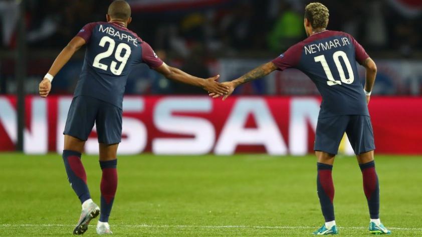 """Director del PSG: """"Neymar y Mbappé han decidido quedarse"""""""