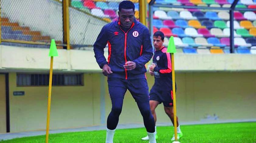 Luis Tejada no jugará la Copa de Oro con Panamá
