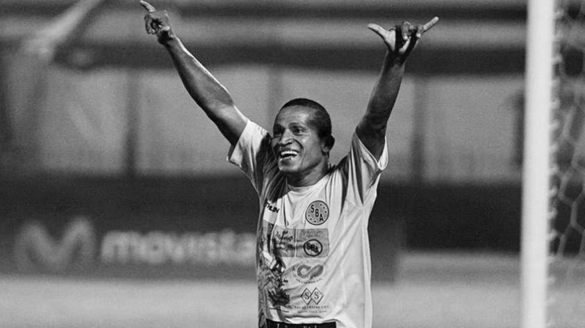 ¡Qué descanse en paz! Carlos 'Kukín' Flores falleció a los 44 años