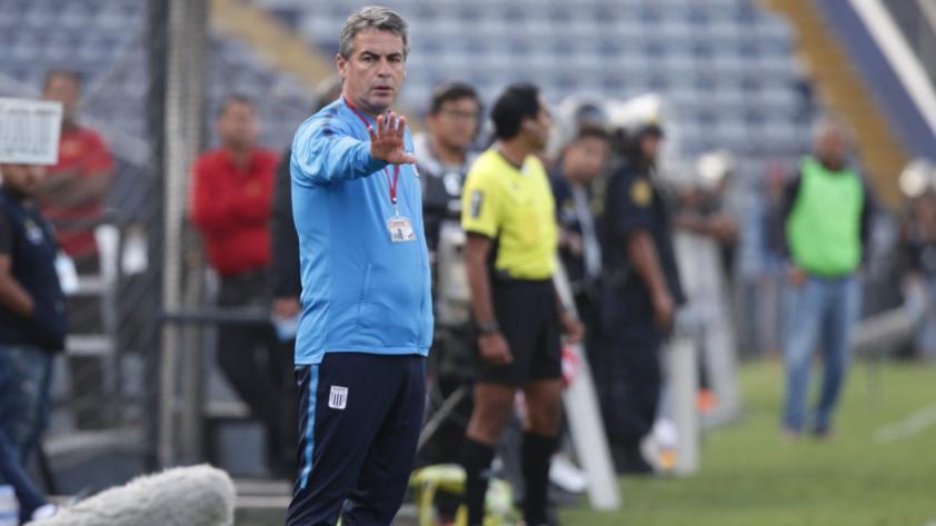 """Pablo Bengoechea: """"Yo estoy contento en Alianza, y tengo contrato hasta fin de año"""""""