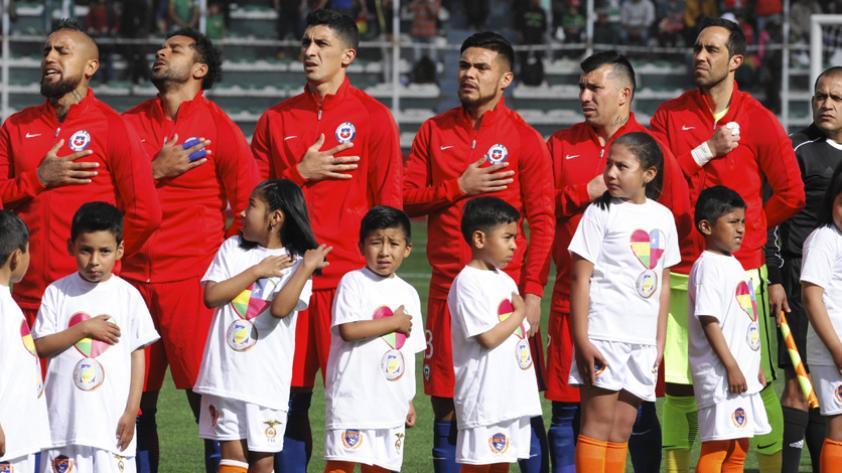 Chile anunció convocatoria de jugadores del extranjero para enfrentar a Ecuador y Brasil