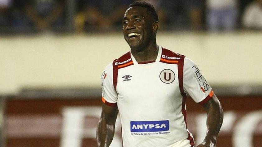 """Luis Tejada: """"Vamos por el Clausura y jugaremos la final con Alianza Lima"""""""