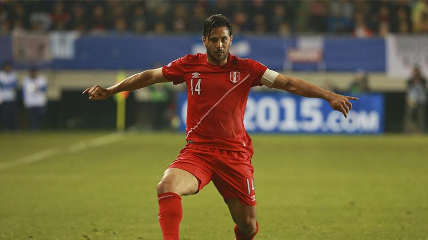 Claudio Pizarro y su mensaje tras la clasificación de Perú al Mundial