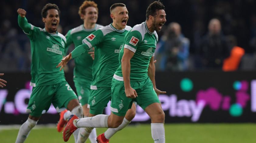 """DT del Werder Bremen sobre Claudio Pizarro: """"Nos viene bien su experiencia para enfrentar al Bayern Múnich"""""""