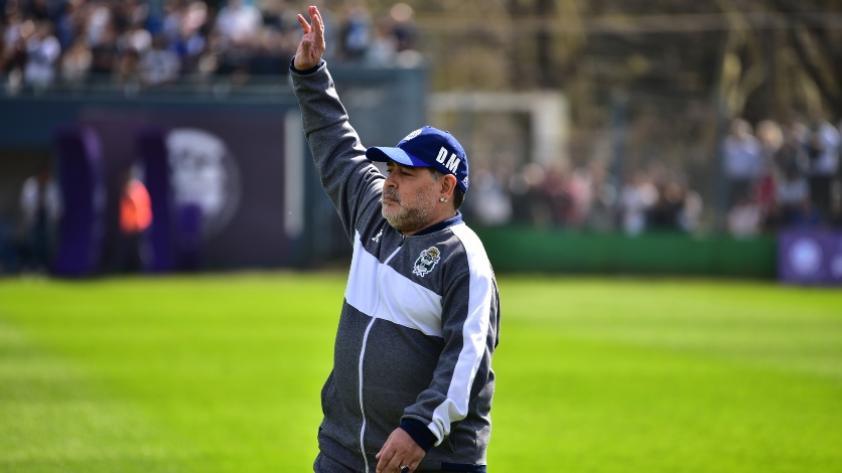 Diego Maradona renunció al cargo de entrenador en Gimnasia y Esgrima de La Plata