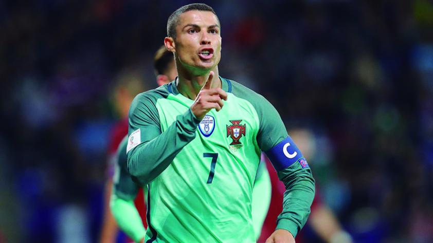 Portugal ganó con doblete de Cristiano en las Clasificatorias Europeas