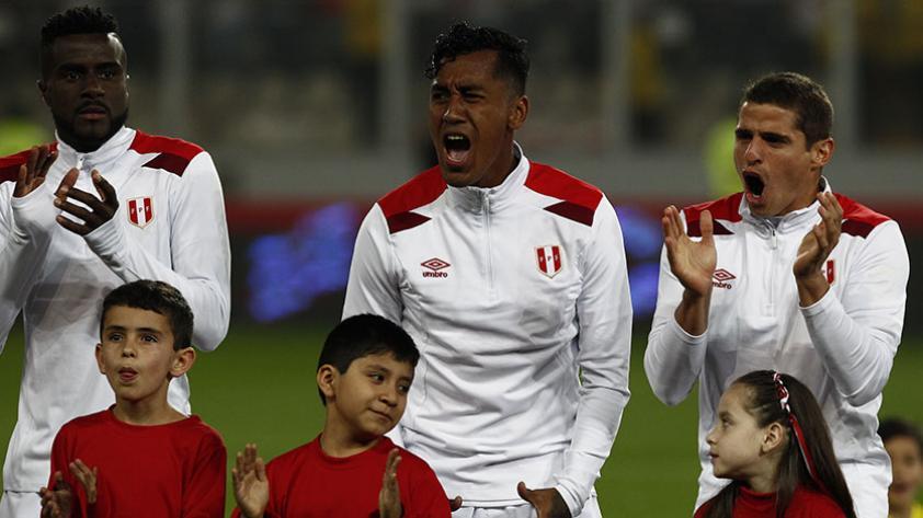 Renato Tapia agradeció la preocupación de hinchas peruanos por su lesión