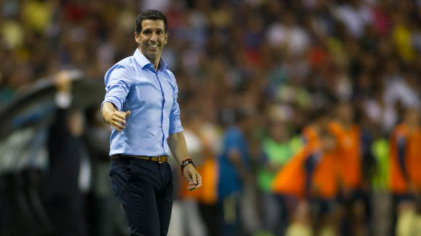 León de México, club de Pedro Aquino, se queda sin entrenador