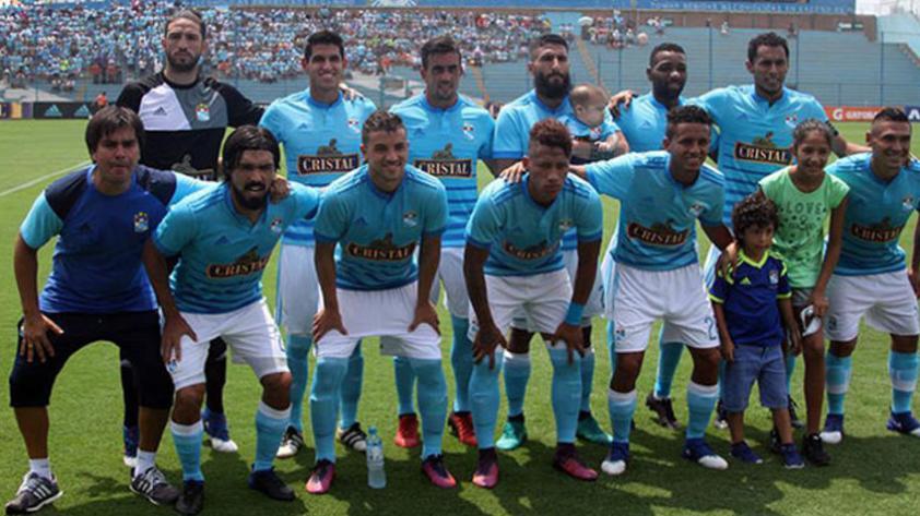 Sporting Cristal: Altas y bajas en el cuadro celeste para el 2018