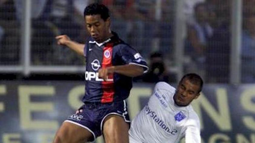 Coincidencias del destino: un día como hoy debutó Ronaldinho en el PSG