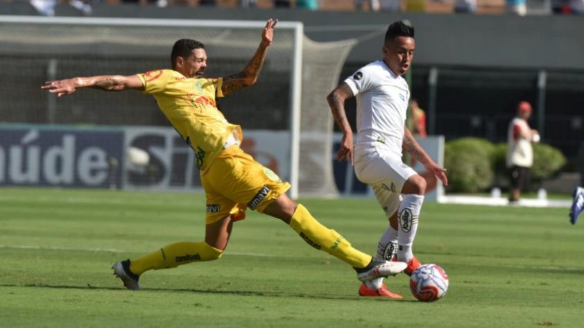 ¡Con pie derecho! Christian Cueva debutó en el triunfo de Santos por 1-0 ante Mirassol