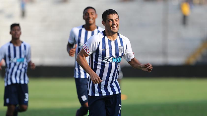 Alianza Lima no pudo con Comerciantes Unidos y se aleja del campeonato