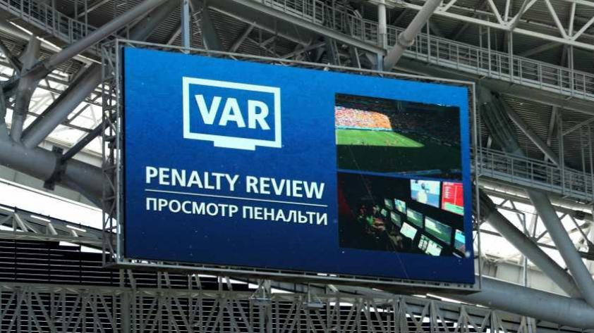 Rusia 2018: a punto de romper récord con penales cobrados en la primera fecha