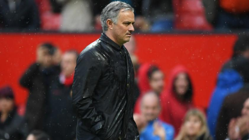 Manchester United: ¿limpieza en el camerino que dirige José Mourinho?