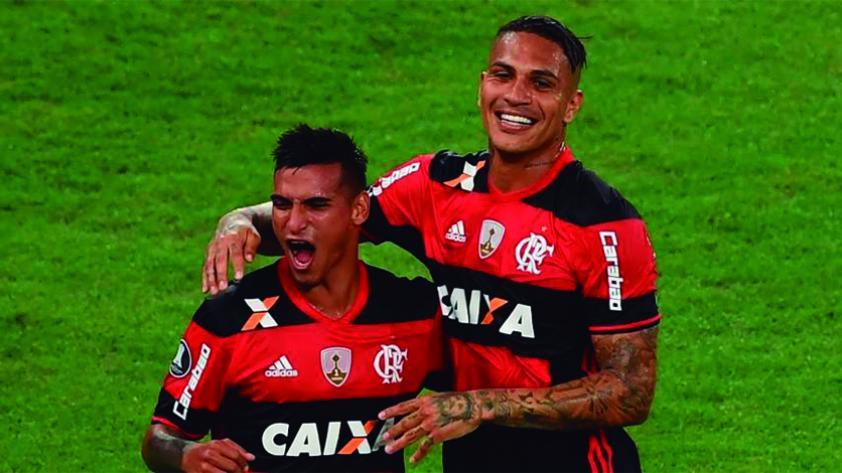 Guerrero, Cueva, Trauco y Aquino entre los 500 mejores de World Soccer