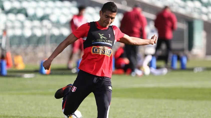 La cláusula en el contrato de Paolo Hurtado que beneficia a la selección
