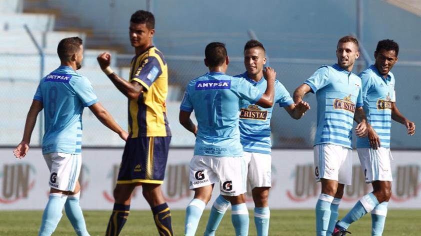 Cristal volvió al triunfo ante Sport Rosario