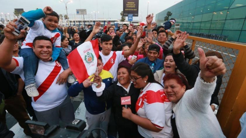 Paolo Guerrero llega a Lima: sigue EN VIVO el arribo del capitán de la Selección Peruana a Lima