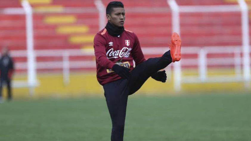 """Pedro Aquino: """"Perú puede jugar y ganarle a cualquiera"""""""