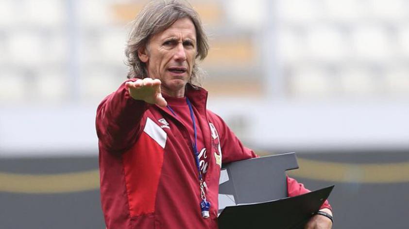 Selección Peruana cumple último entrenamiento en el Estadio Nacional previo al choque con Colombia