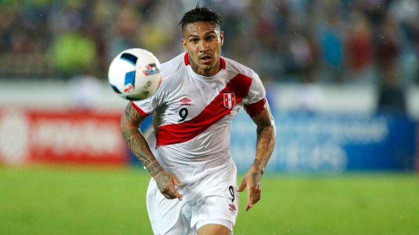 Paolo Guerrero: el goleador llega mañana a Lima