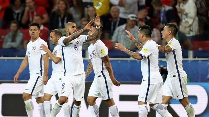 Chile derrotó 2-0 a Camerún
