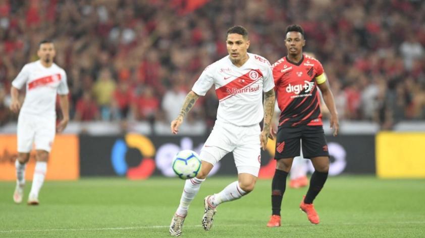 Todo se define en la vuelta: Paolo Guerrero y el Internacional cayeron 1 a 0 ante el Atlético Paranaense por la final de la Copa de Brasil