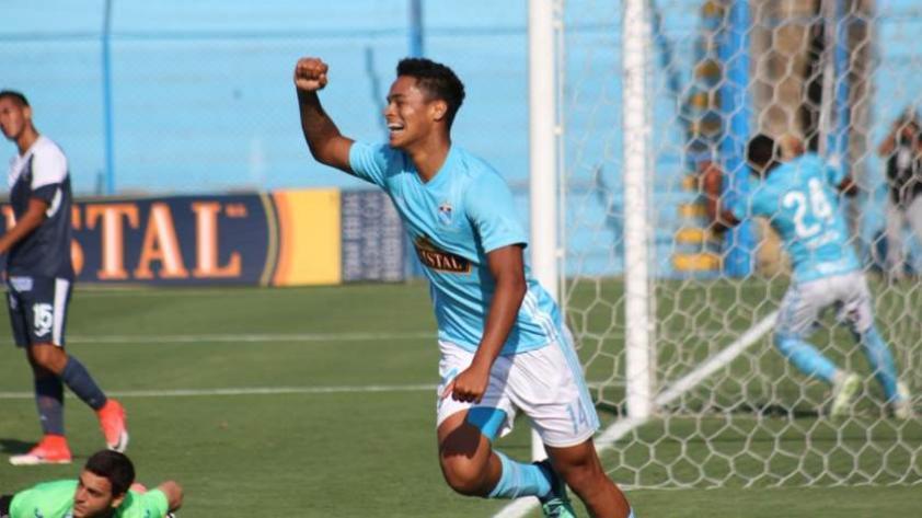 ¡Se vuelve a poner la celeste! Christopher Olivares regresa a Sporting Cristal