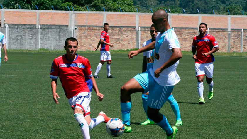 Unión Comercio y Cristal se despidieron del Apertura con un 2-2