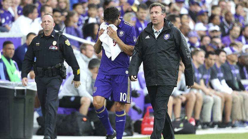 Kaká anunció su retiro del fútbol
