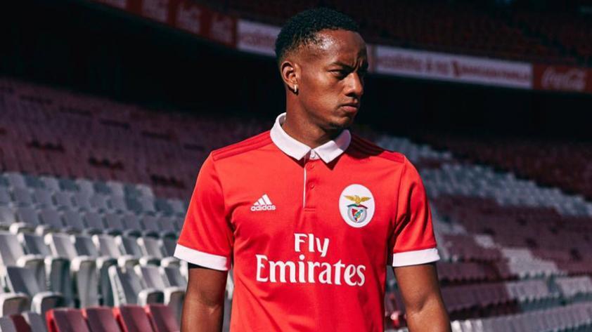 André Carrillo se queda en Benfica