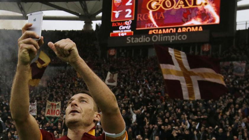 (VIDEO) Adiós, leyenda