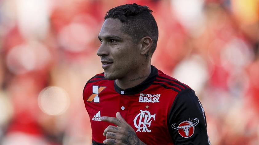 Paolo Guerrero volvió a los entrenamientos en Brasil