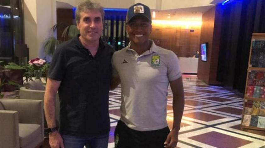 Selección Peruana: Pedro Aquino recibió la visita de Néstor Bonillo en México