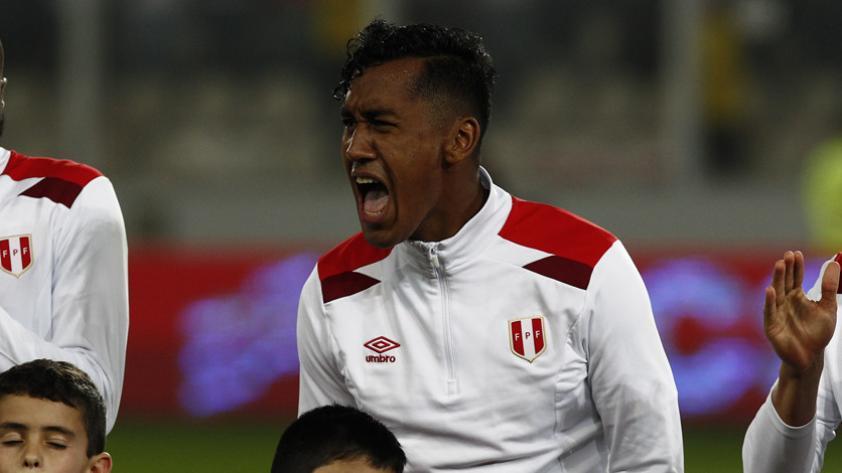 Renato Tapia recuperado y listo para aparecer en Champions League