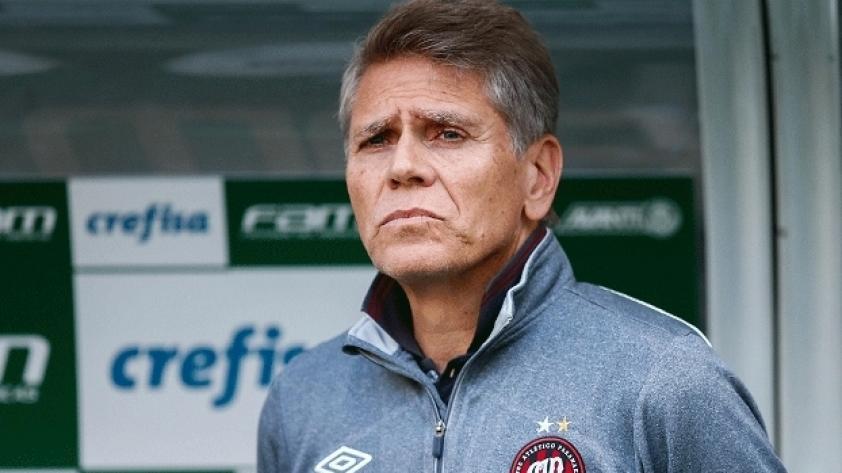 """Paulo Autuori: """"Claudio no fue valorado cuando es un ejemplo de profesional"""""""