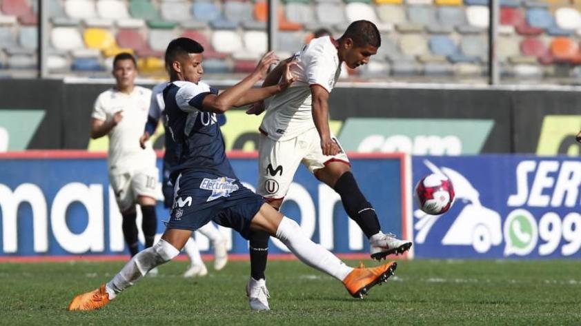 Universitario empata 2-2 con San Martín en el estadio Monumental