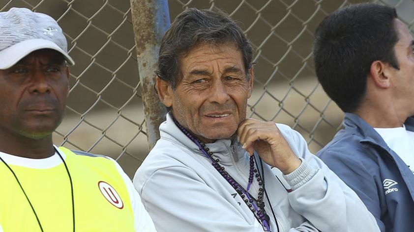 """Roberto Chale: """"Con fútbol hay que volverlos locos en la cancha, y creérnosla"""""""