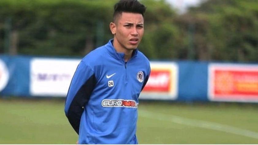 Jean Deza confirmó que jugará por Sport Rosario: