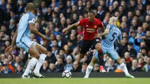 Manchester City y Manchester United empataron con un deslucido 0 - 0