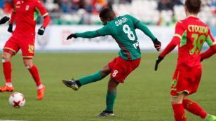 Jefferson Farfán y Paolo Hurtado debutan este jueves por la Europa League