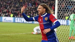 ¡El golpe de la fecha! Basel venció 1-0 Al Manchester United por la Champions League